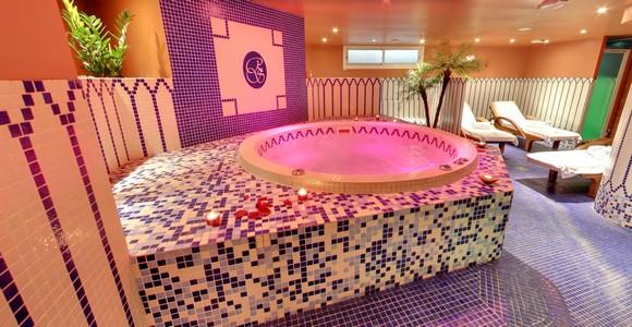la visite virtuelle du royal spa de lyon. Black Bedroom Furniture Sets. Home Design Ideas